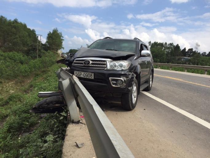 Hiện trường vụ tai nạn khiến 2 mẹ con chết tại chỗ