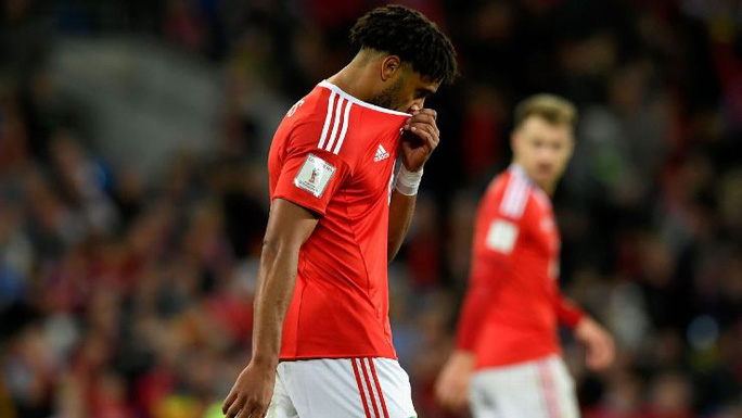 Bale và đồng đội chết lặng khi mất vé dự World Cup - Ảnh 6.