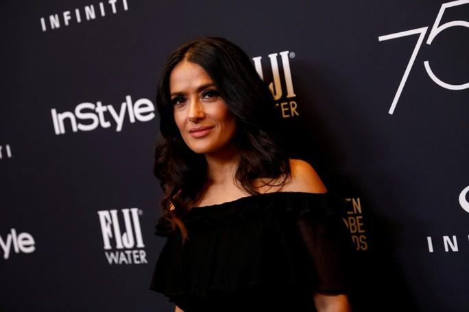 Mỹ nhân Salma Hayek gọi Harvey Weinstein là quái vật - Ảnh 2.