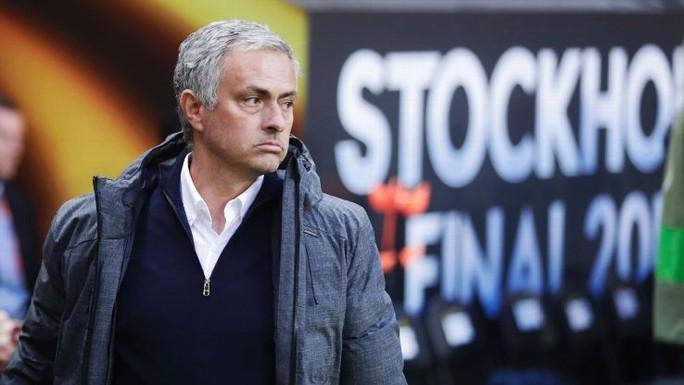 Mourinho: Tôi luôn chọn những đội bóng có vấn đề - Ảnh 1.