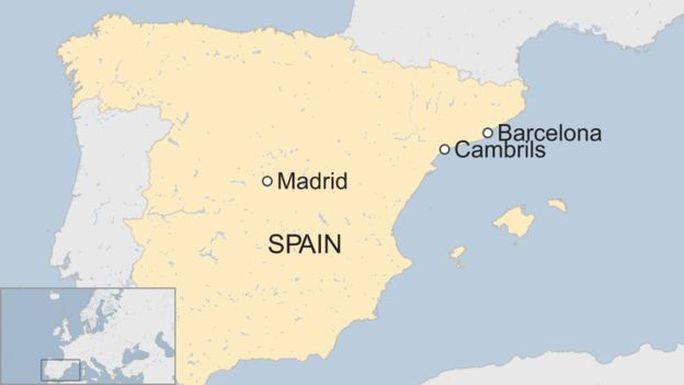 Khủng bố ở Barcelona: Liên tiếp phá các âm mưu tấn công - Ảnh 2.
