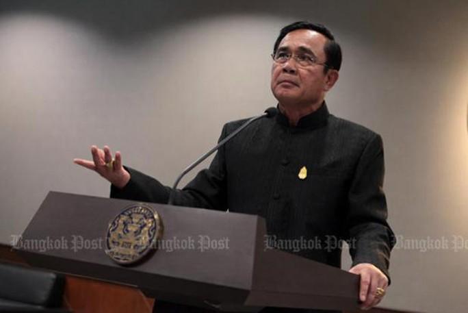 Thủ tướng Thái Lan phản bác ông Thaksin - Ảnh 1.