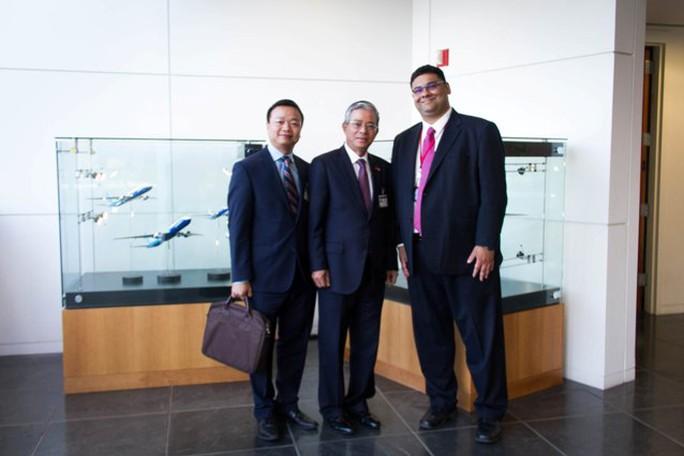 Đại sứ Phạm Quang Vinh thăm trụ sở Boeing - Ảnh 2.