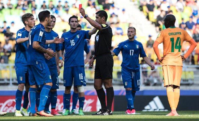 U20 Ý mất người vẫn ngược dòng hạ Zambia - Ảnh 2.