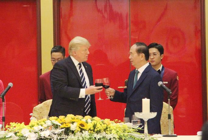 Tổng thống Donald Trump: Việt Nam là một trong những điều kỳ diệu của thế giới - Ảnh 10.