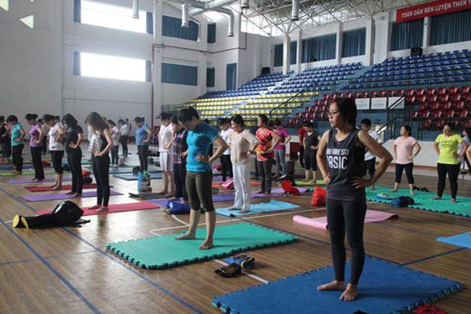 CNVC-LĐ được học yoga miễn phí - Ảnh 1.