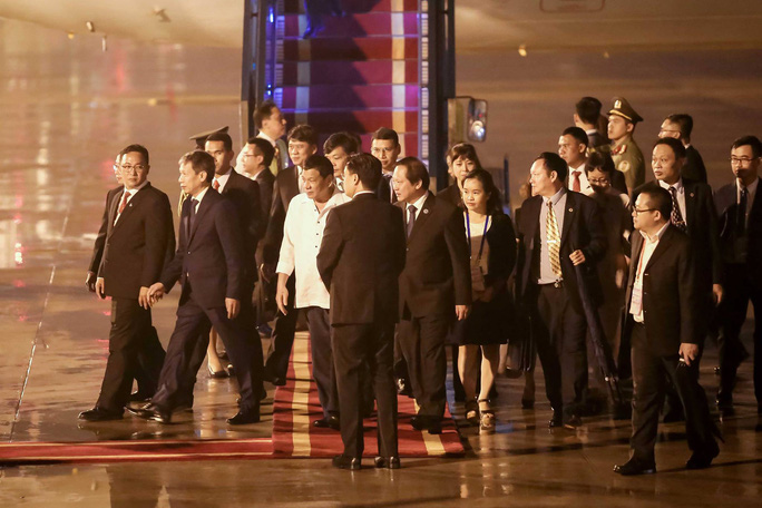 Các lãnh đạo APEC dồn dập tới Đà Nẵng - Ảnh 1.
