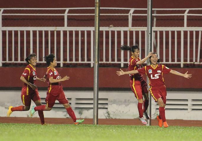 TP HCM 1 thắng ngược kình địch Hà Nội 1 - Ảnh 2.