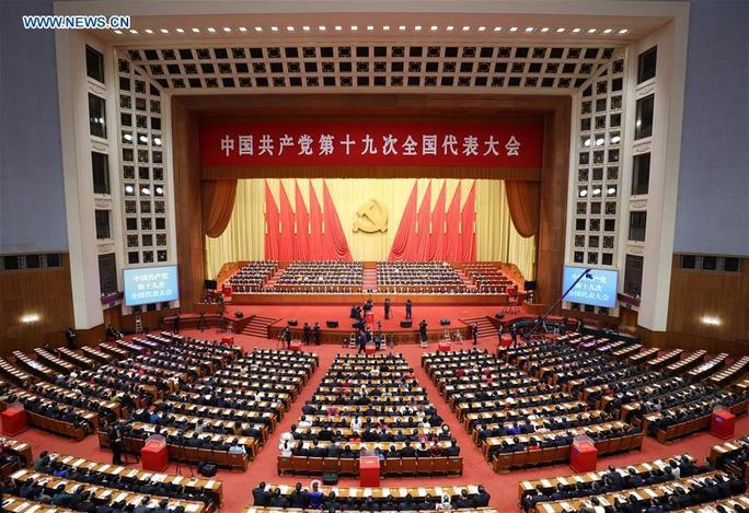 Trung Quốc: Tư tưởng Tập Cận Bình được đưa vào điều lệ đảng - Ảnh 1.