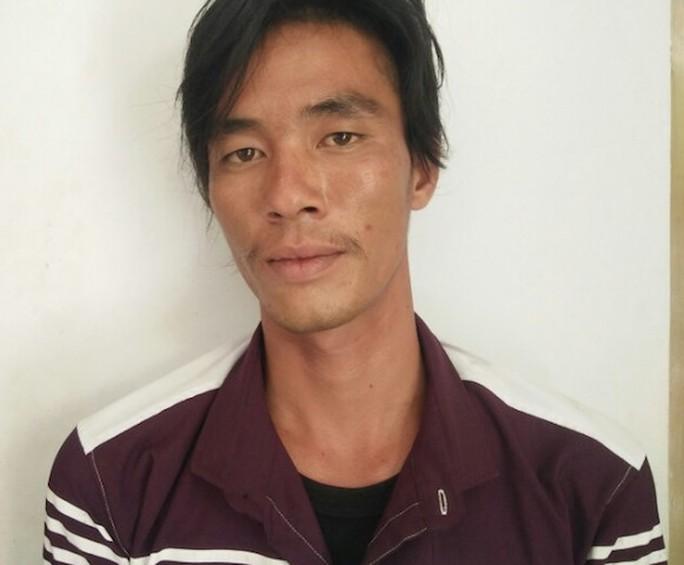 Xâm hại bé gái 14 tuổi rồi bỏ trốn sang Campuchia - Ảnh 1.
