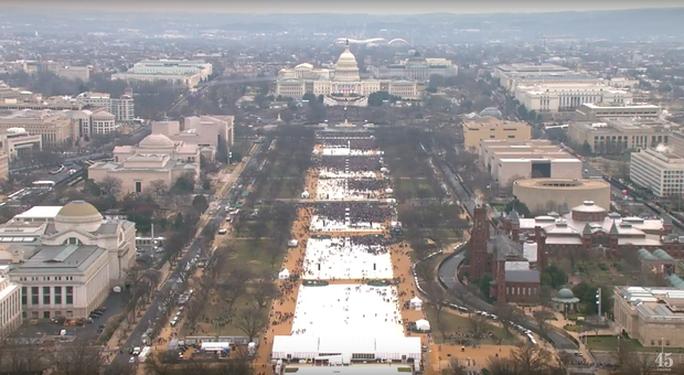 Quảng trường Quốc gia sáng 20-1 thưa thớt và còn nhiều khoảng trống. Ảnh: cắt từ livestream YouTube