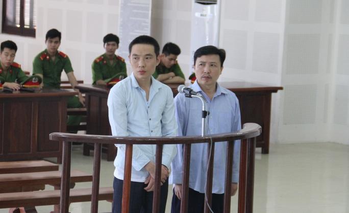 Từ Trung Quốc sang Đà Nẵng làm giả thẻ chiếm đoạt tiền - Ảnh 1.