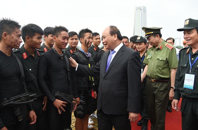 Thủ tướng: Tuyệt đối không được xảy ra sơ suất nào tại APEC  2017 - Ảnh 2.