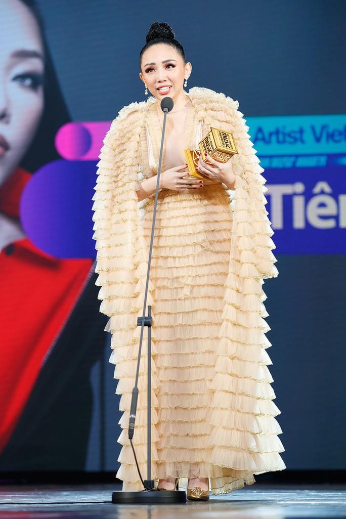Tóc Tiên nhận giải MAMA 2017  - Ảnh 3.
