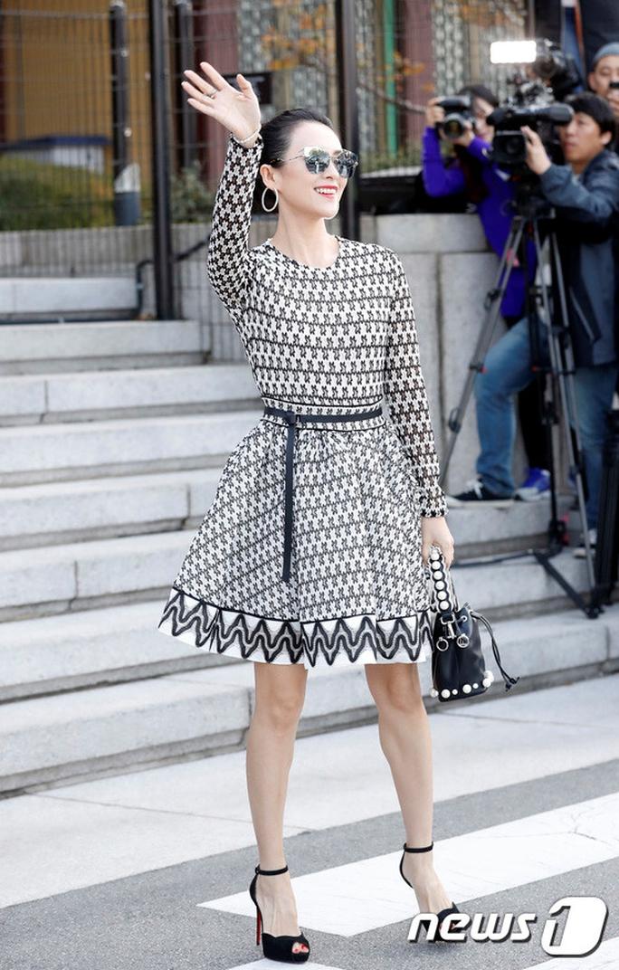 Mỹ nhân Song Hye Kyo theo Song Joong Ki về dinh - Ảnh 9.