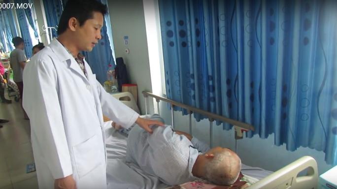 Bệnh viện tuyến huyện mổ thành công u não - Ảnh 1.