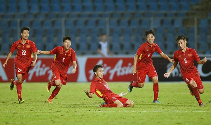 Thắng Thái Lan, U15 Việt Nam đăng quang Đông Nam Á - Ảnh 2.