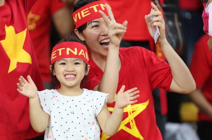 U22 Việt Nam - Philippines 4-0: Xây chắc ngôi đầu - Ảnh 13.