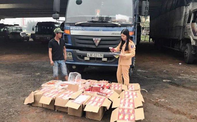 Số pháo lậu được lực lượng CSGT Thanh Hóa phát hiện, bắt giữ