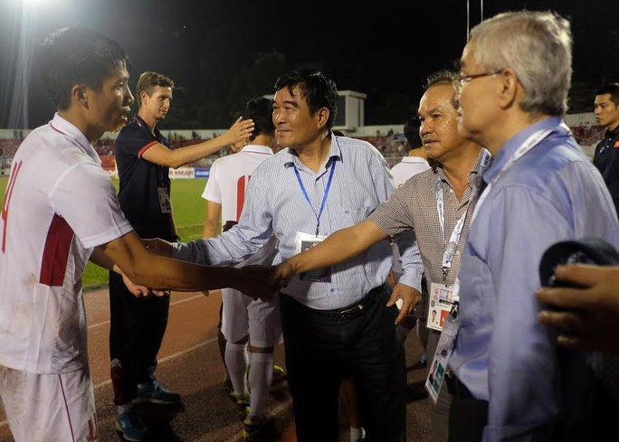 Bầu Đức thưởng nóng U23 Việt Nam 1 tỉ đồng - Ảnh 1.
