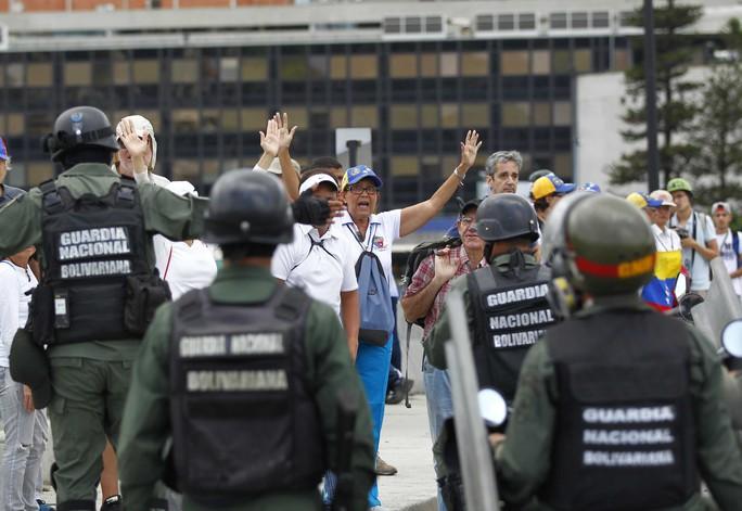 Venezuela: Hội đồng lập hiến ra đời trong bạo lực - Ảnh 1.