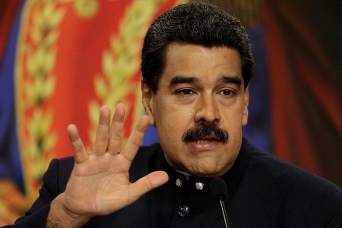 Venezuela: Cựu công tố viên trưởng quyết đấu tổng thống - Ảnh 2.