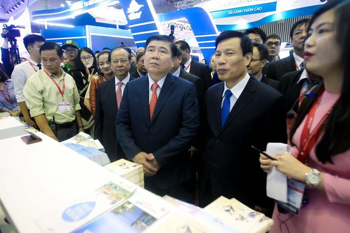 Nhộn nhịp hội chợ Du lịch Quốc tế TP HCM - Ảnh 1.