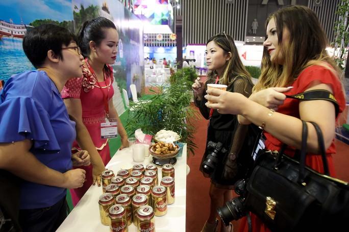 Nhộn nhịp hội chợ Du lịch Quốc tế TP HCM - Ảnh 3.