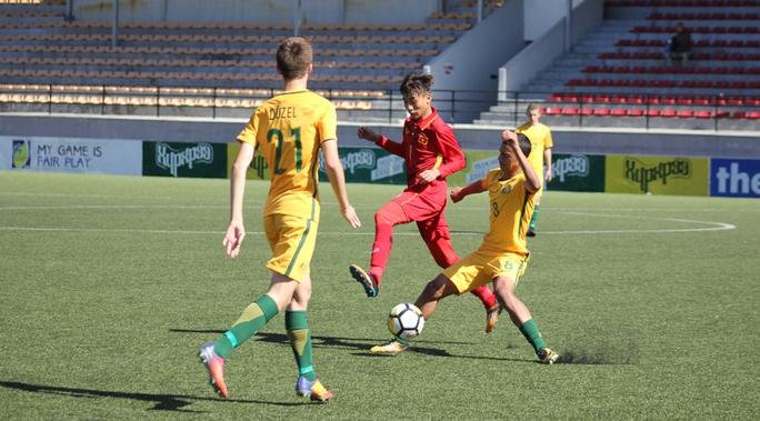 Thua Úc, U16 Việt Nam chờ vé vớt - Ảnh 1.
