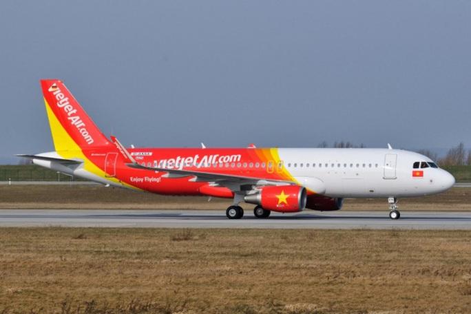 Cảnh báo giả, máy bay đi TP HCM đáp xuống Hồng Kông - Ảnh 1.