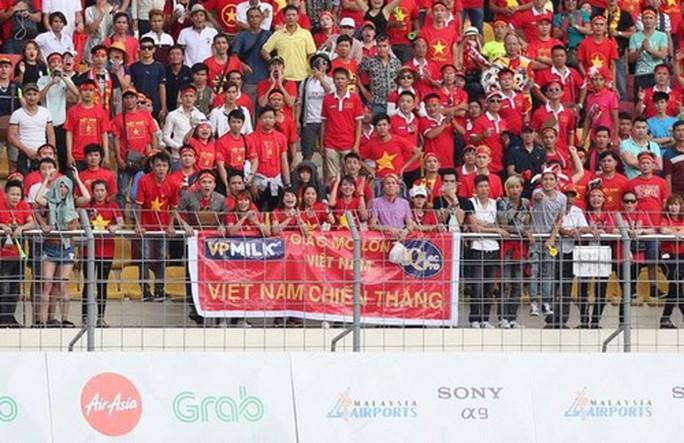 U22 Việt Nam - Thái Lan 0-3: Dừng chân SEA Games, HLV Hữu Thắng từ chức - Ảnh 2.