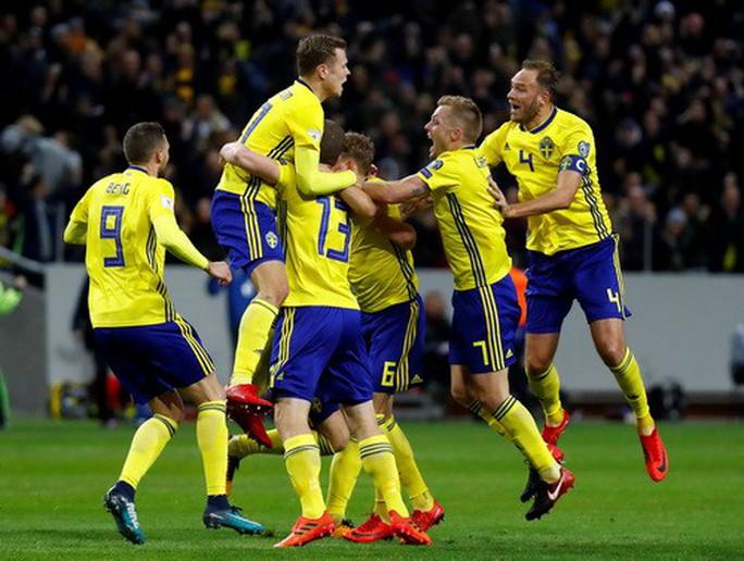 Thua Thụy Điển 0-1, Ý sắp văng khỏi World Cup - Ảnh 5.