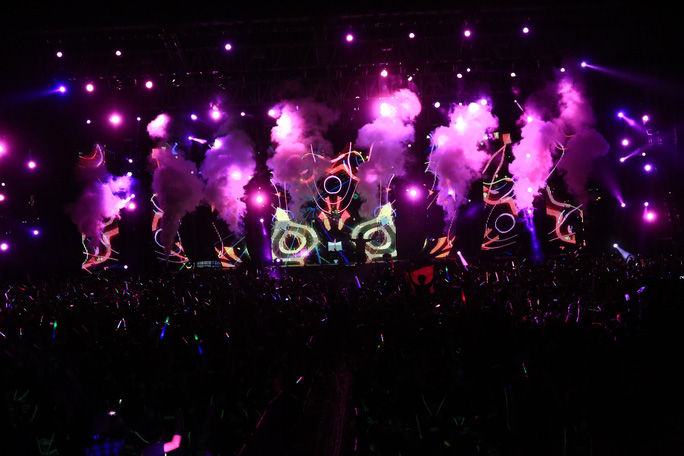 Sắc màu PRISMA mở màn mùa lễ hội thể thao - du lịch cuối năm - Ảnh 2.