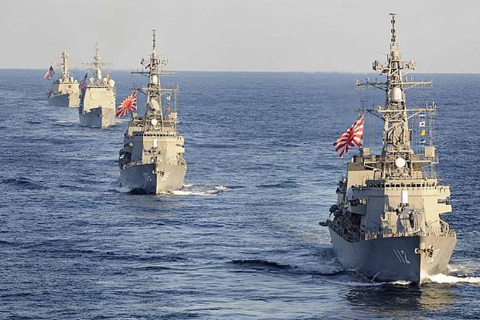 Tàu chiến Nhật và Mỹ tại cuộc tập trận. Ảnh: Hải quân Mỹ
