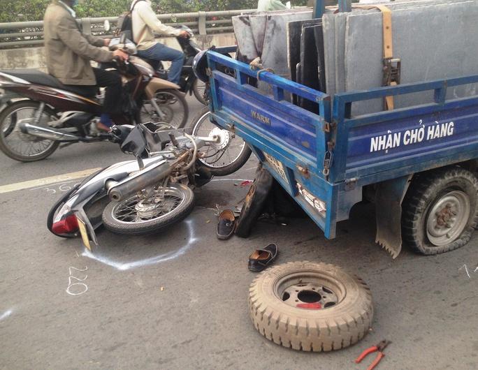 Hiện trường vụ tai nạn khiến người đàn ông nguy kịch