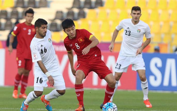Ai là tuyển thủ mặc nhiều số áo nhất bóng đá Việt? - Ảnh 7.
