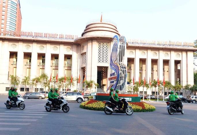 """Ngày 20-11, Mai Linh tung ra """"xe ôm công nghệ"""" - Ảnh 2."""