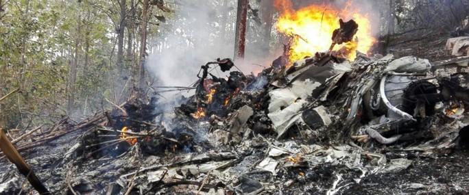 Tai nạn máy bay liên tiếp, gần 20 người thiệt mạng - Ảnh 1.