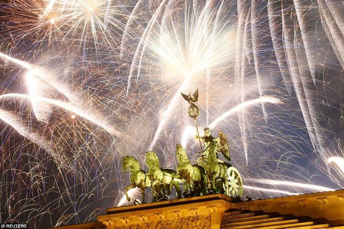 Các nhà lãnh đạo thế giới chúc năm mới - Ảnh 15.