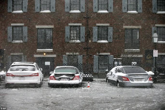 Nước Mỹ trong mờ mịt mưa tuyết - Ảnh 3.