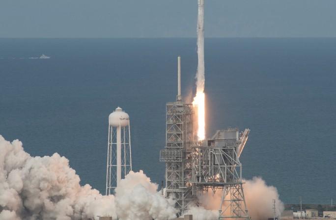 Mỹ mất vệ tinh do thám mới phóng - Ảnh 1.