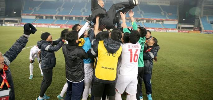 Xét lịch sử đối đầu Việt Nam - Uzbekistan, hy vọng cho U23 - Ảnh 3.