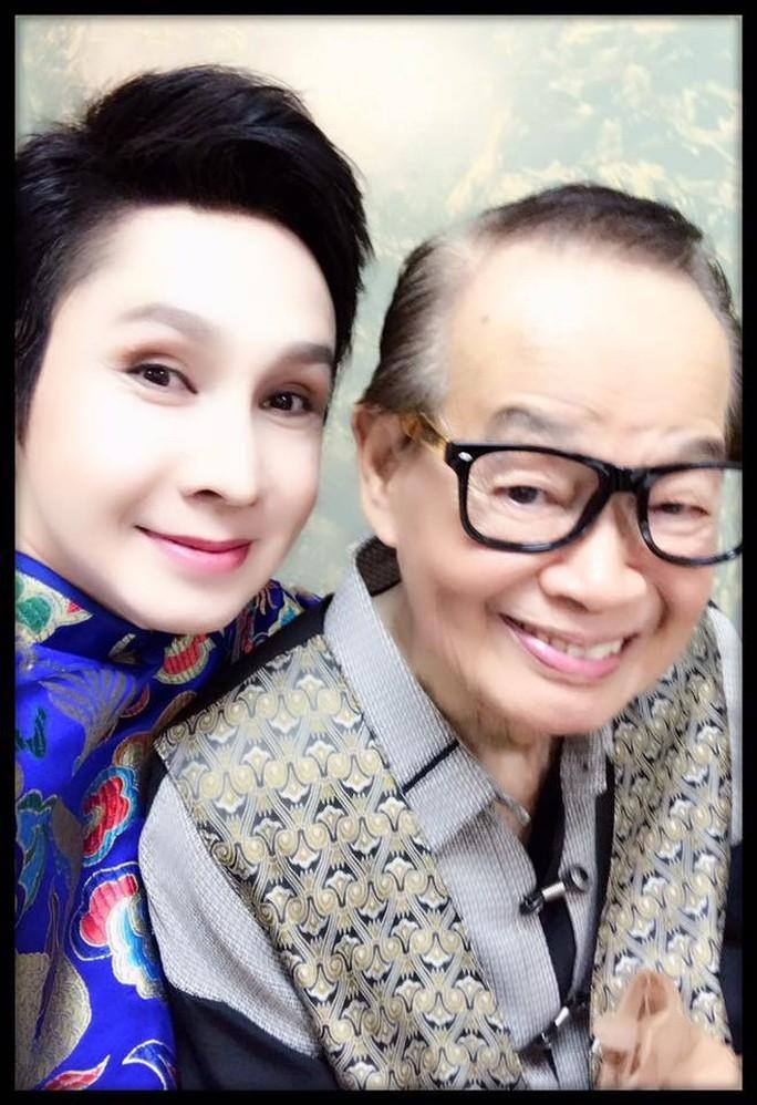 Nghệ sĩ tiếc thương danh hài Văn Chung - Ảnh 2.