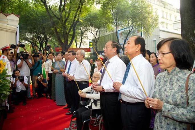 TP HCM  khánh thành Bia Tưởng niệm chiến sĩ biệt động Sài Gòn - Ảnh 1.