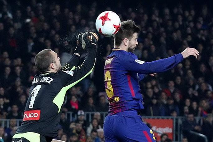 Coutinho chào sân Nou Camp, Barcelona giành vé bán kết Cúp Nhà vua - Ảnh 3.
