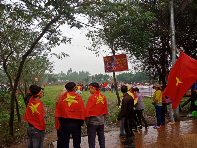 Nhà Quang Hải nổ tung với siêu phẩm tung lưới U23 Uzbekistan - Ảnh 15.