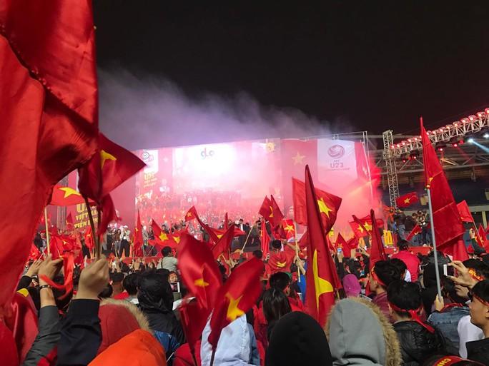 Dù U23 Việt Nam thua, vẫn ăn mừng như nhà vô địch - Ảnh 5.