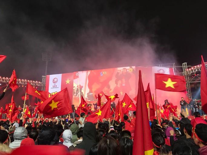 Dù U23 Việt Nam thua, vẫn ăn mừng như nhà vô địch - Ảnh 8.