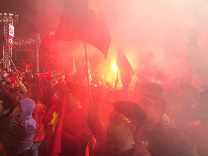 Dù U23 Việt Nam thua, vẫn ăn mừng như nhà vô địch - Ảnh 13.