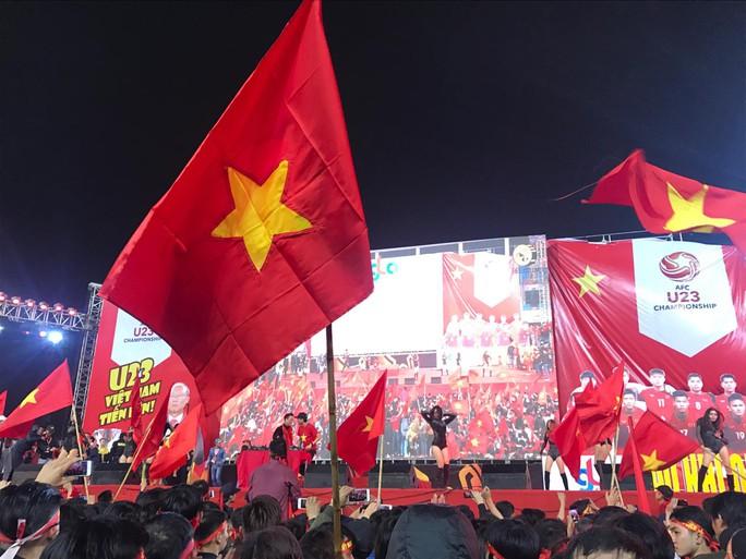 Dù U23 Việt Nam thua, vẫn ăn mừng như nhà vô địch - Ảnh 10.